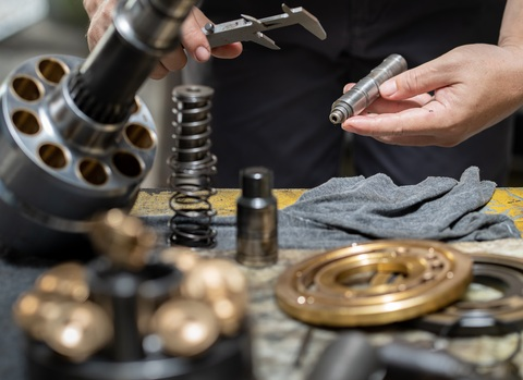 Reparación válvulas, bombas y motores