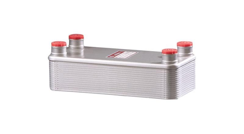 Intercambiador, de placas, agua-aceite. M18-10
