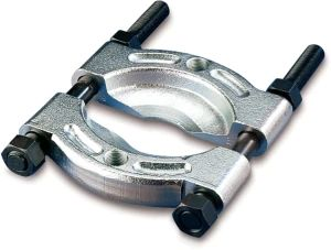 CROSS BEARING PULLER
