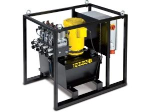 2 x 1,3 l/min 40 liter reservoir,  joystick (manual) valves 400V 3ph 5,5 kW