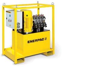 4 x 0,9 L/min 150 Liter reservoir, pendant (solenoid) valves 400V 3ph 5,5 kW